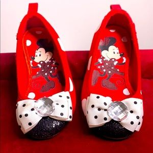 Disney Store Minnie Mouse Jewel Bow slip on shoe 7